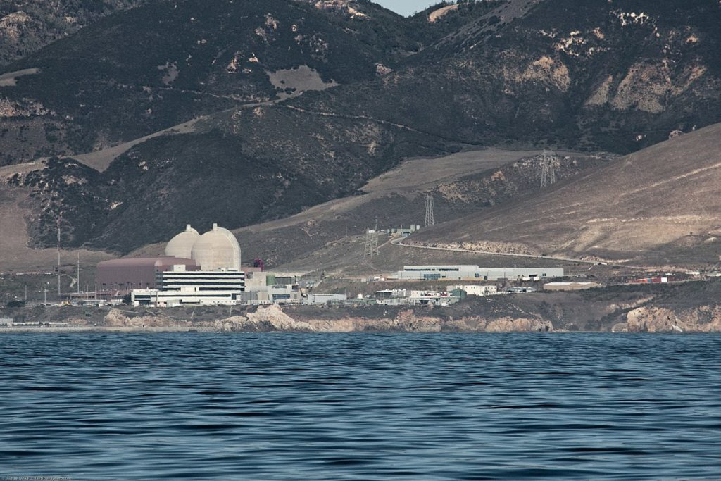 1200px-Diablo_Canyon_Power_Plant_from_Port_San_Luis